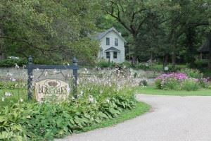 Burr Oaks Bed & Breakfast