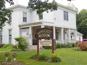 Dovegate Inn Bed and Breakfast