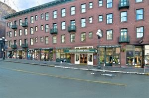 Best Western Plus - Pioneer Square Hotel