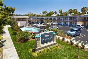 Eden Roc Inn & Suites Anaheim