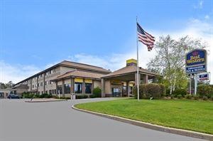 Best Western - Ambassador Inn & Suites