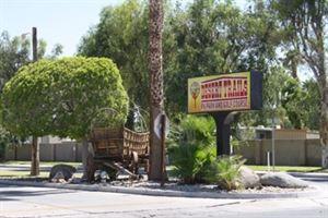 Desert Trails R V Park And Golfcourse