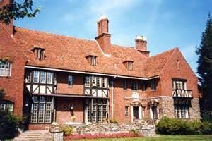 Chimney Crest Manor Bed & Breakfast