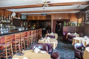 Scopazzi's Restaurant & Lounge
