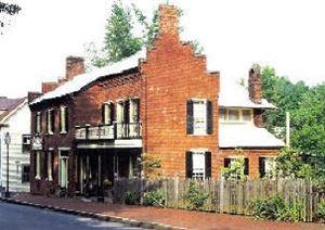 Blair-Moore House Bed & Breakfast