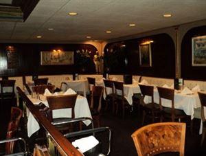 Bob Heilman's Beachcomber Restaurant